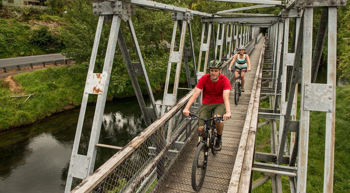 Hauraki Rail Trail, Karangahake Gorge cycling_bike ride_trail_bridge_couple_scenic_nature  Nov 2014_29.jpg