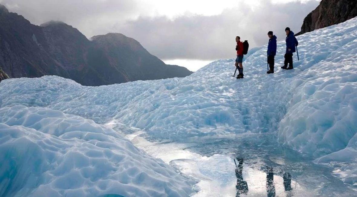 Glacier Guides Explorer 2.jpg