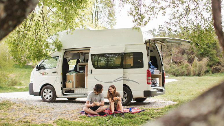 /nz/en/campervan-hire/3-berth-highball