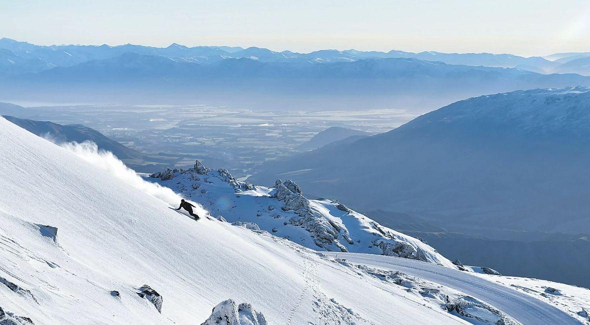 Cardrona Alpine Resort - Snowboard  - highres.JPG