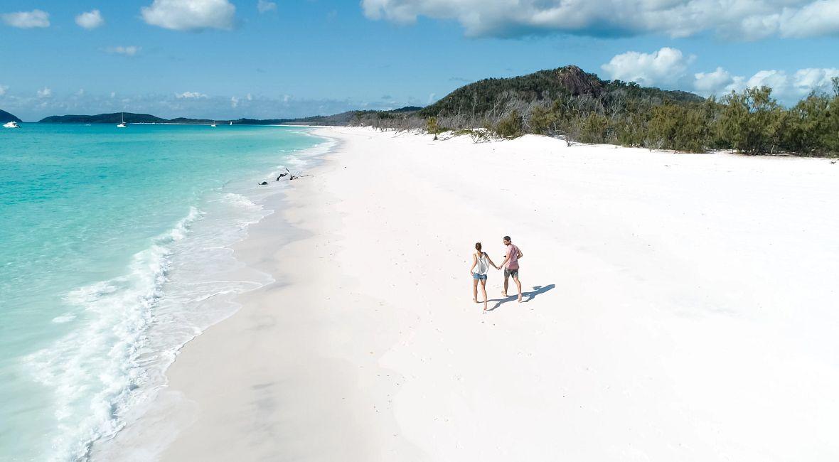 AU_couple_on_beach.jpg