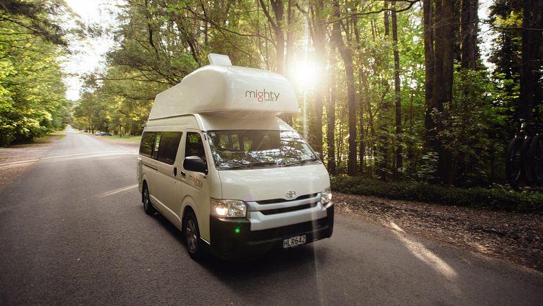 /nz/en/campervan-hire/4-berth-double-down