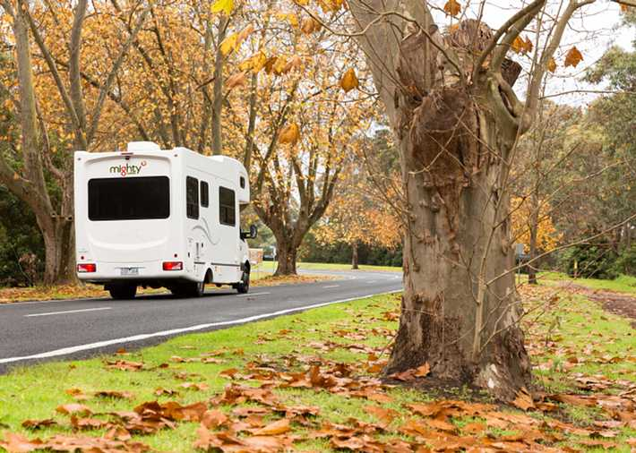 /nz/en/get-inspired/articles-tips/6-must-visit-autumn-locations Card Image